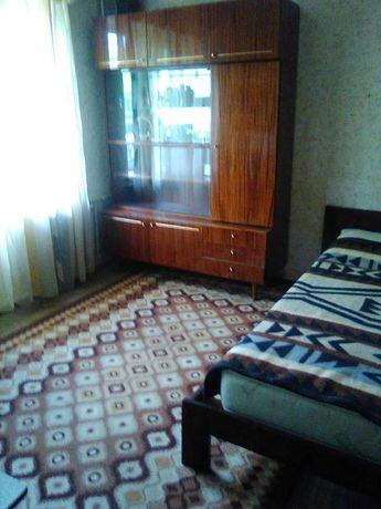 Сдам квартиру (гостинка) на Лесном массиве