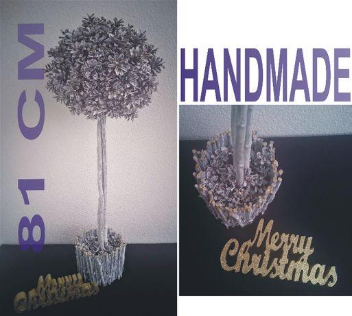 drzewko ozdobne z szyszek bielonych Boże Narodzenie wys. 81 CM XMAS