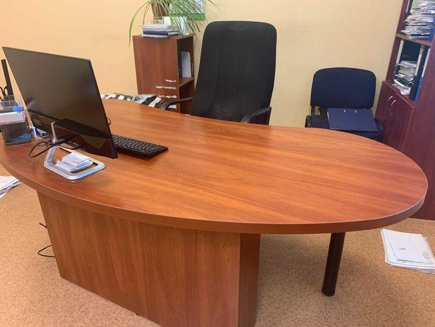 Большой офисный стол Великий офіснй стіл для керівництва