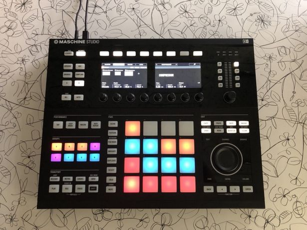 Контроллер NI Maschine Studio + Защитная крышка Decksaver