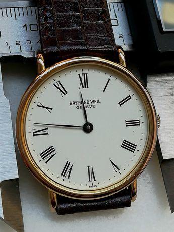 Relógio Raymond Weil com movimento de corda manual
