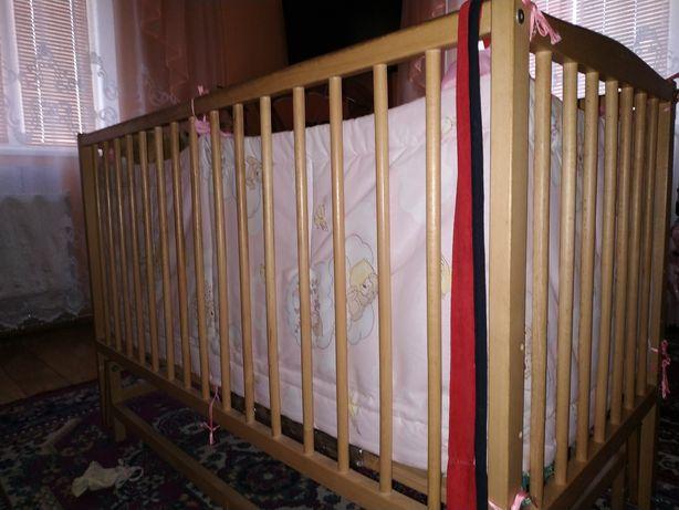 Продається дитяче ліжечко