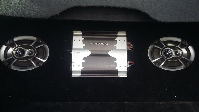Amplificador som e colunas