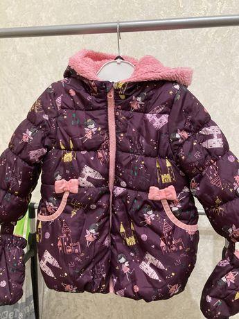Куртка демисезонная 1-1.5 года на девочку