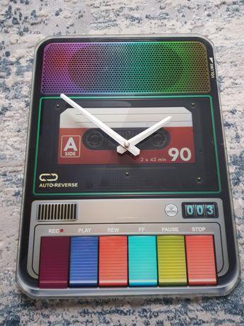 Zegar ścienny na baterie
