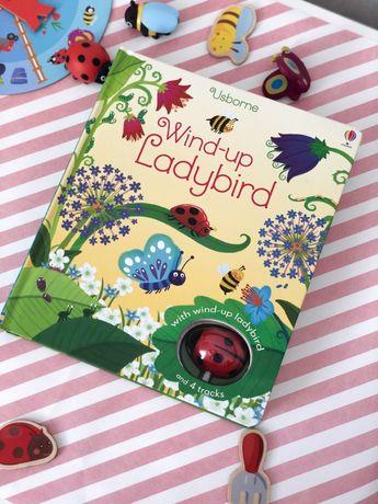 Wind-up Ladybird , Usborne,книга +заводная игрушка