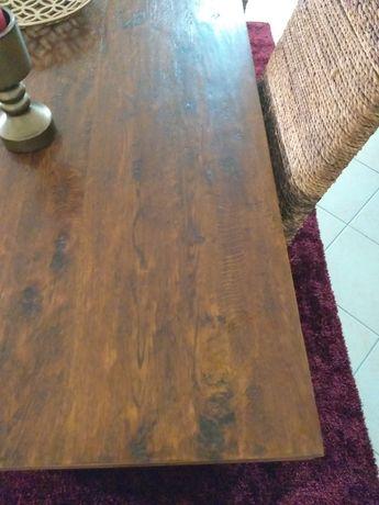 Mesa madeira maciça e cadeiras