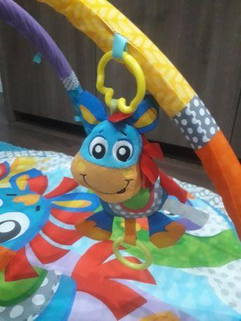 Tapete interativo para bebé
