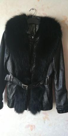 Кожаная демисезонная куртка с мехом, размер М