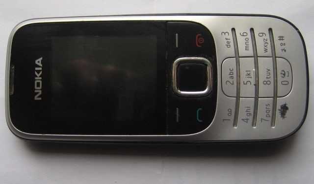 nokia 2330c-2,комплект телефон батарея