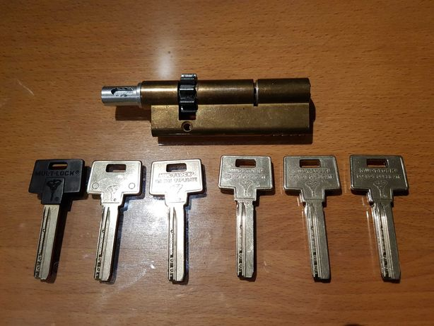 Cilindro MUL-T-LOCK para fechadura de porta de segurança Ruiz Lopez