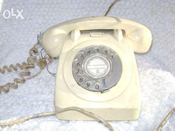 2 Telefones antigos - 1970 e 1974