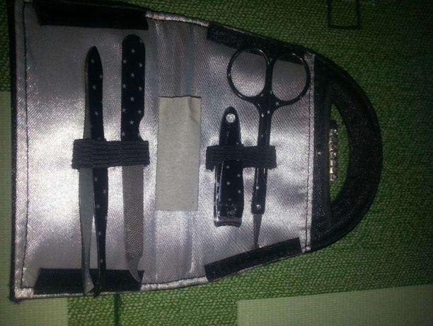 Маникюрный набор в виде сумочки, черный, новый