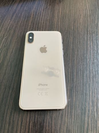 Продам iPhone XS 256 gold