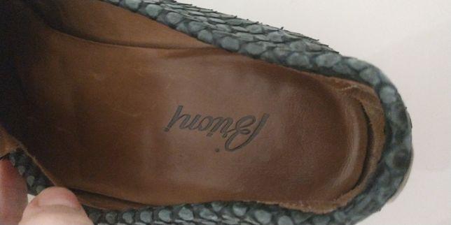 Туфли Brioni (из кожи питона)