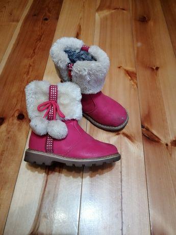 Buty kozaczki krótkie. Dla dziewczynki.