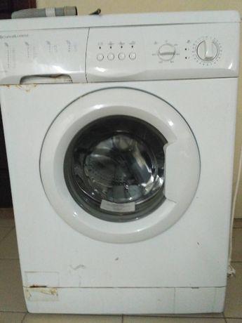 Máquina de Lavar Roupa SchaubLorenz