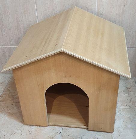Vende-se Casota para cão - Nova- RESISTENTE -Madeira CONTRAPLACADO