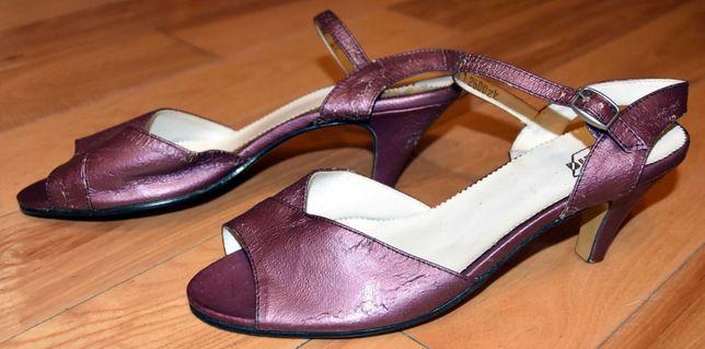 Sandałki na obcasie Polania R 26