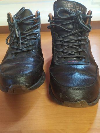 Ботинки зимние размер 41
