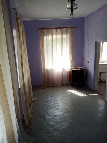 Продам дім в центрі Покровського