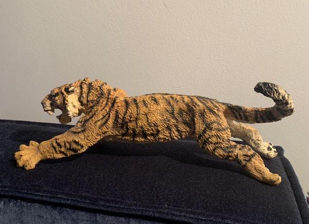 Figurka tygrysa