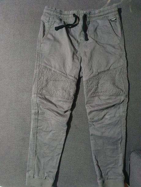 Spodnie jogery