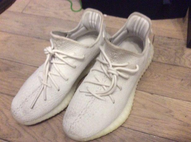Yeezy 350 v2 cream white 9/10