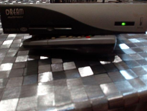 Цифровой тюнер DREAM DM500S
