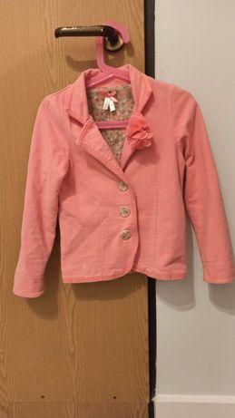 Sprzedam różową marynarkę Smyk 122 dla dziewczynki