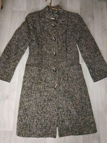 Отдам за вашу цену. Пальто женское кашемировое 44р