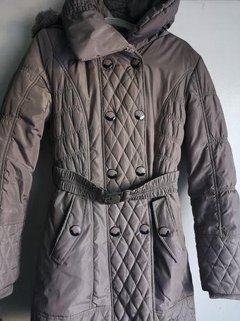 Beżowa kurtka zimowa