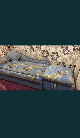 Продам срочно детский диван/ малютка