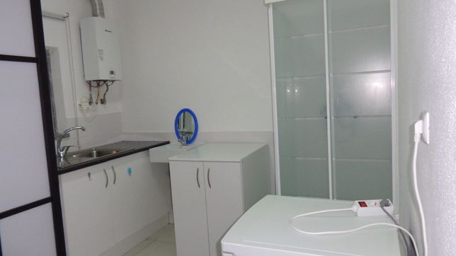 Apartamento T0 na Aroeira