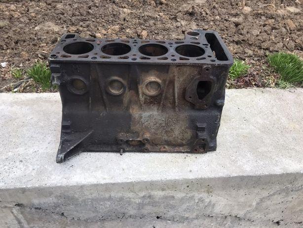 Блок двигателя Ваз 2103