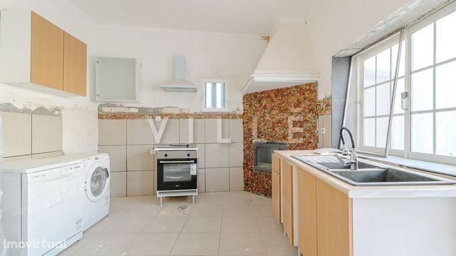 Apartamento T2 no centro de Albergaria-a-Velha para venda