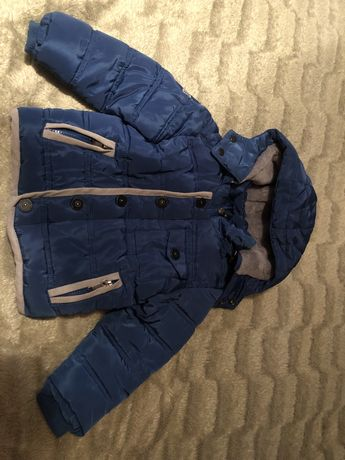 Продам осению куртку