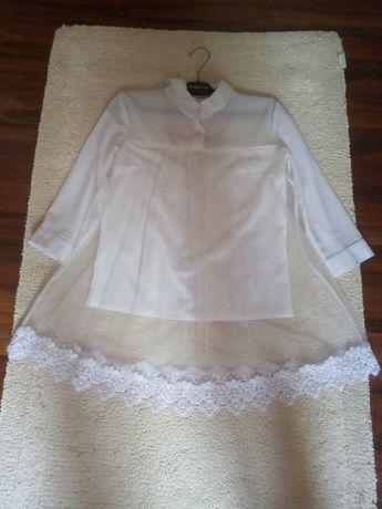 Очень красивая женственна блуза с рюшами