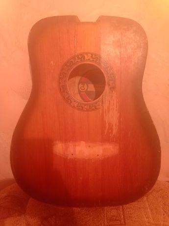 Корпус гитары дредноут