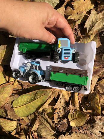Игрушка синий трактор с глазками