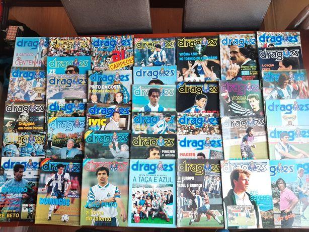 Lote de 38 antigas revistas Dragões FC Porto (com póster)