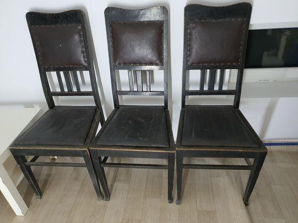 Krzesła z okresu międzywojennego. Około 1923-25 rok.
