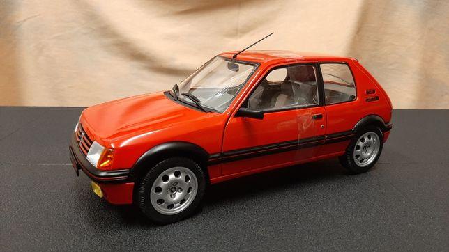 Miniatura Peugeot 205 1.9 Gti - escala 1/18 - Solido