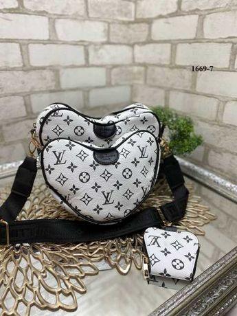 Комплект Сумок - Louis Vuitton - Белый фон-черные буквы - сердца