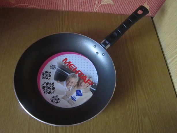 Сковорода 24 см с антипригарным покр/