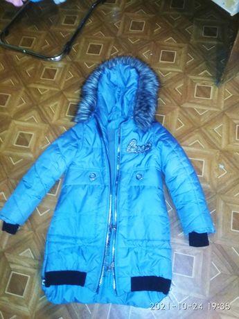 Продам детсчкую зимнию курточку