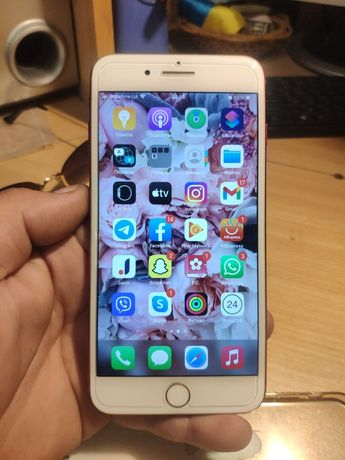 Iphone 7 plus 128 Gb  red product