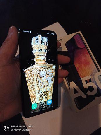 Samsung  a50  6/128  состояние нового