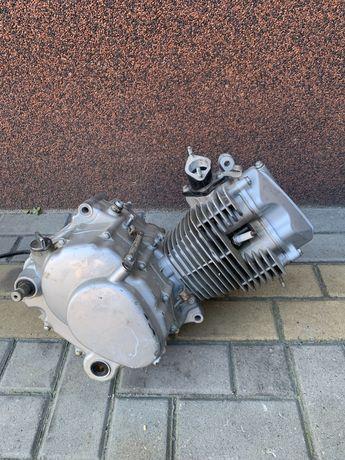 Silnik 125ccm Romet Junak Zetka Barton K125