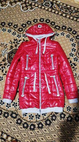 Зимняя курточка на девочку 10-12